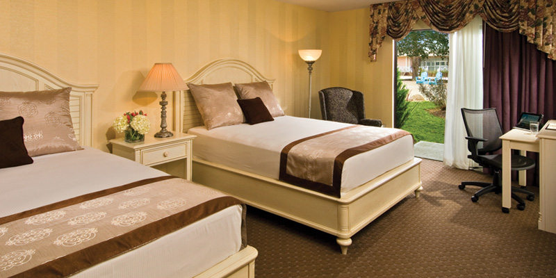 Comfortable lodging at the Cape Codder Resort and Spa