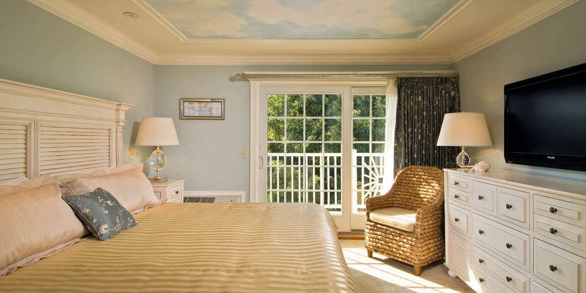 A main bedroom at the Cape Codder Residence Club
